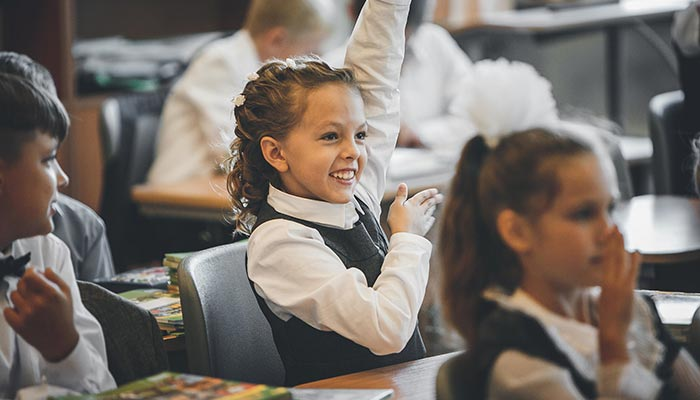 Hands up if you think drug testing in Queensland schools is a good idea? It may be controversial, but the principal at one school where the testing is taking place believes it has merit.