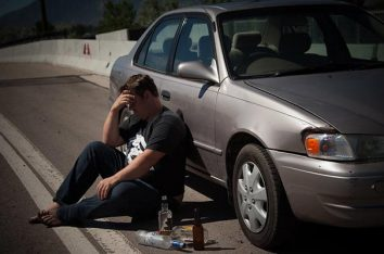 We all know the rules around roadside alcohol testing, but what about the rules on drinking alcohol in a car? Credit www.sandiegoduiattorneynow.com https://www.flickr.com/photos/134340661@N06/20108475181/